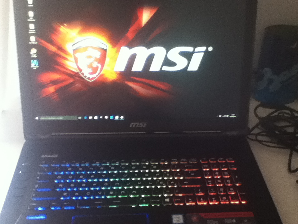 Unboxing MSI GT72S